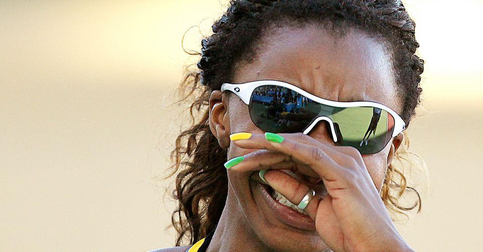 Com o melhor tempo da carreira, Rosângela Santos conquista o ouro nos 100 m rasos