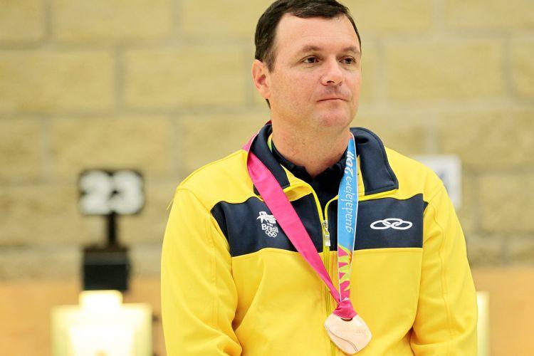 Julio, que foi prata no Rio-2007, ficou em terceiro no Pan de Guadalajara