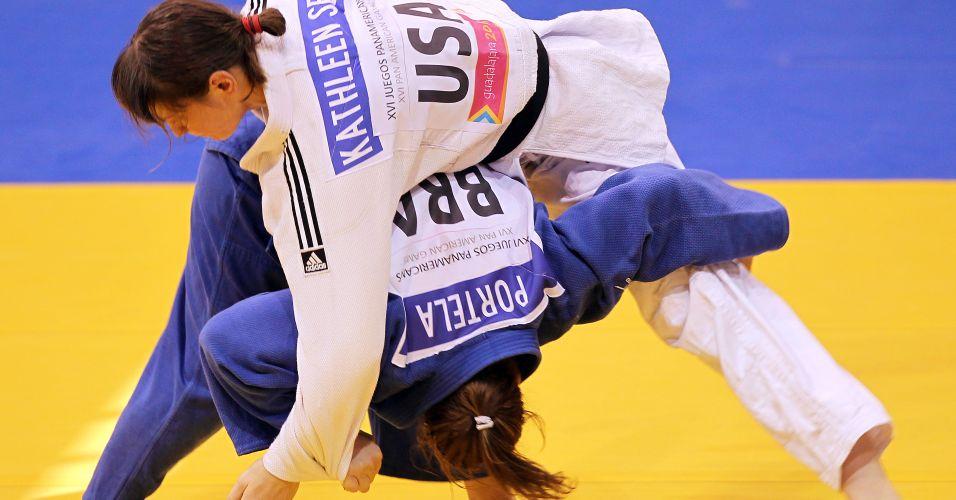 Gaúcha Maria Portela tenta ippon na disputa do bronze no Pan