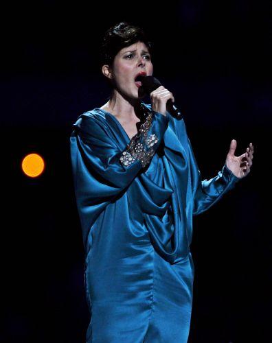 Cantora mexicana Ely Guerra participa da festa de encerramento do Pan-2011