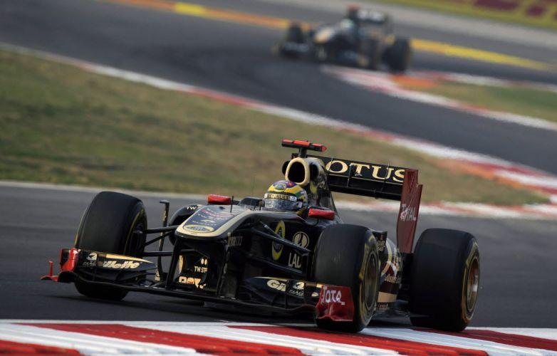 Bruno Senna andou durante boa parte do GP da Índia na zona de pontuação, mas teve que trocar os pneus no fim da prova e foi o 12º colocado