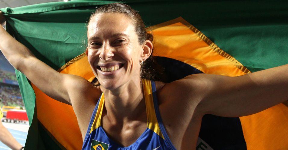 Atletismo - Fabiana Murer conquistou o ouro no salto com vara no Mundial de Daegu e se tornou a primeira brasileira a subir no lugar mais alto do pódio na história da competição