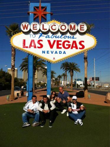 Goleiro Júlio César, do Corinthians, colocou no Twitter uma foto com os amigos em Las Vegas