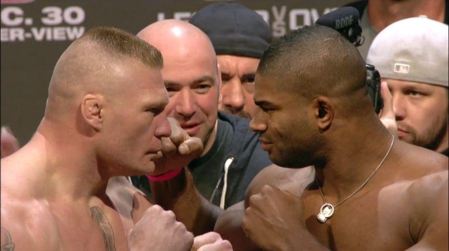 Brock Lesnar e Alistair Overeem fizeram o principal duelo do UFC 141