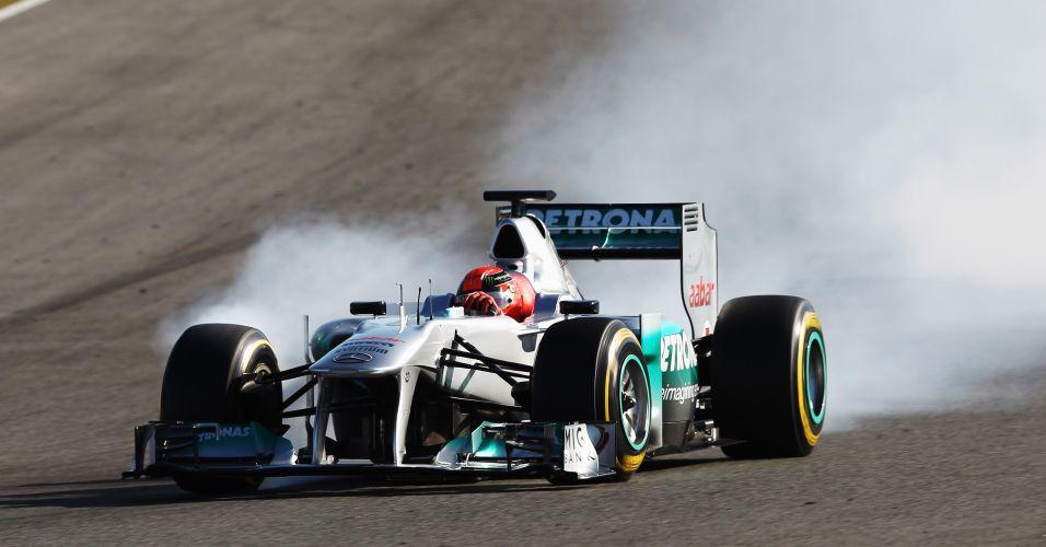 Schumacher comandou o treino da Mercedes na segunda parte dos treinos nesta terça-feira em Jerez. O piloto alemão terminou o dia com o sexto melhor tempo