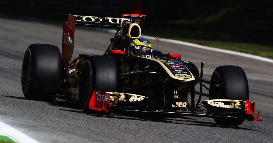 Bruno Senna correu a segunda metade de 2011 na Lotus Renault, carro que parecia a Lotus guiada por seu tio