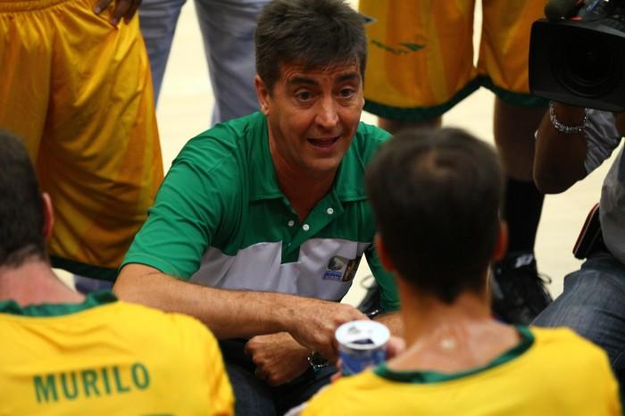Guerrinha comanda o time brasileiro no Jogo das Estrelas