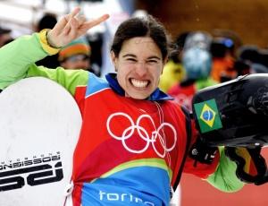 Isabel Clark, nona colocada em Turim, representará o Brasil nos Jogos de Inverno no snowboard cross