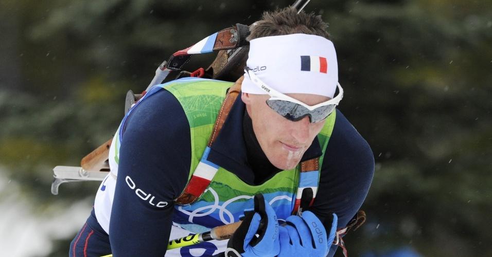 Vincent Jay, da França, ganha a prova de biatlo dos Jogos Olímpicos de Inverno de Vancouver