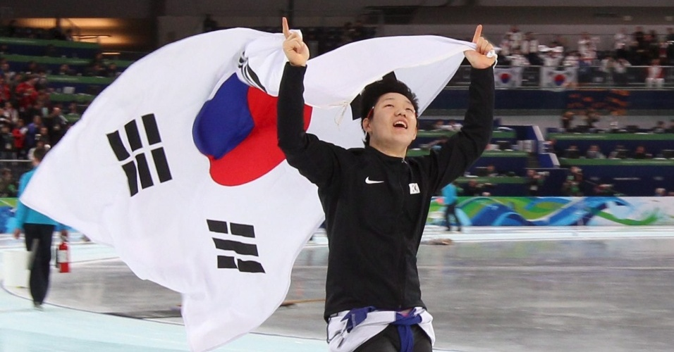 Mo Tae-Bum, da Coreia do Sul, foi ouro na patinação em velocidade, na prova de 500 m