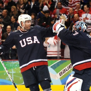Americanos comemoram classificação para a final olímpica em Vancouver
