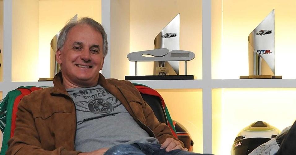 Apresentador Otávio Mesquita vai participar de torneio de pôquer no Brasil