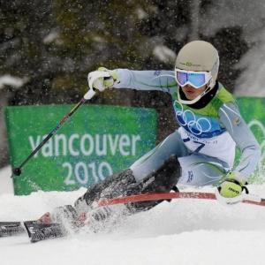 Brasileira Maya Harrisson acaba a competição do slalom na 48ª colocação; Alemã conquista o ouro