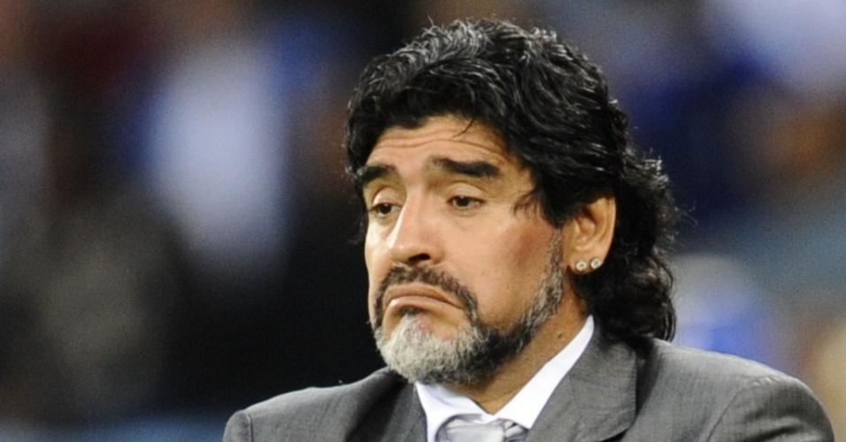 TOP5 - Maradona apenas lamenta a goleada sofrida para a Alemanha nas quartas de final, em seu último jogo à frente da Argentina