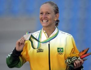 Yane Marques celebra conquista da medalha de ouro no Pan do Rio