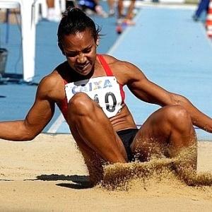 Keila Costa, atleta brasileiro do salto triplo