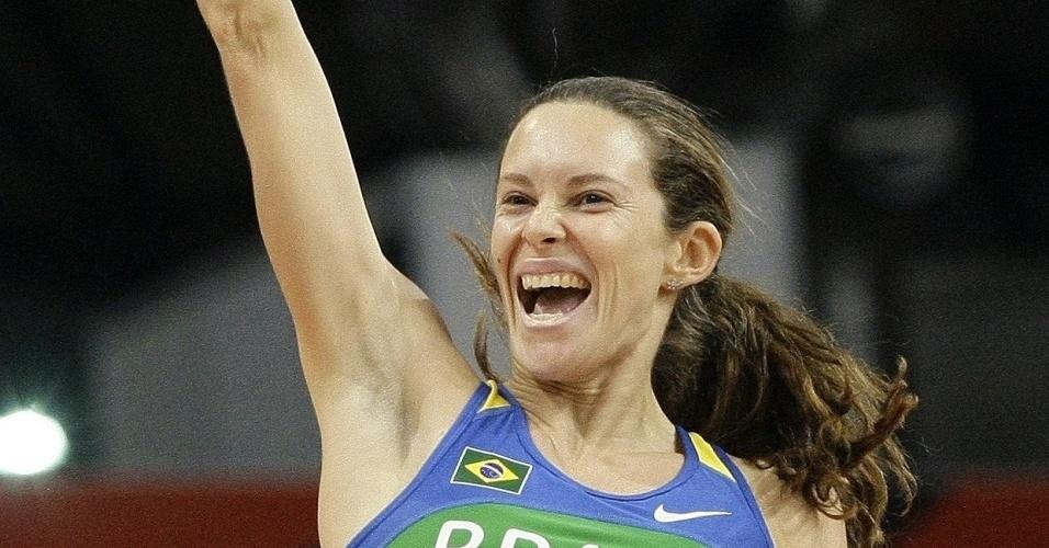 Fabiana Murer conseguiu a medalha de ouro no Mundial de Doha