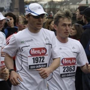 Pavel Nedved participa da Meia Maratona de Praga