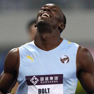 Com 19s76, tempo abaixo de seu recorde mundial (19s19), Bolt venceu a prova dos 200m rasos na etapa de Xangai da Liga Diamante. Ausência de grandes competições fará o jamaicano encarar ano como pré-temporada. Não vou buscar os recordes