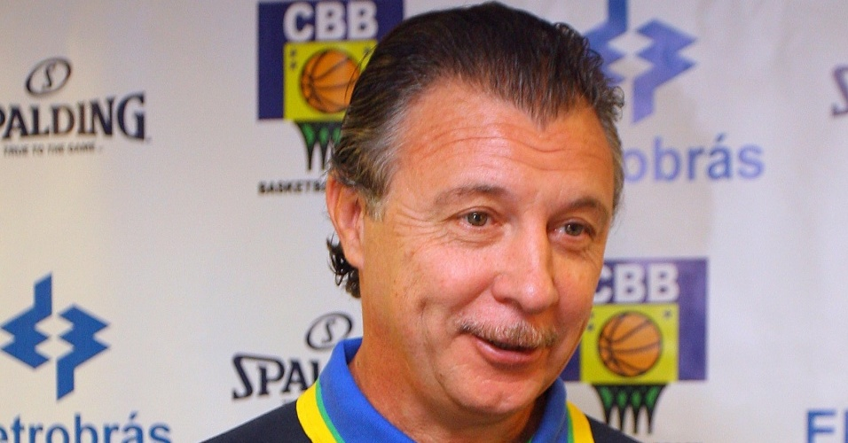 Argentino Rubén Magnano, novo técnico da seleção brasileira masculina de basquete
