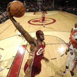 Cestinha da vitória dos Cavs sobre os Raptors, LeBron é o maior pontuador da NBA na temporada