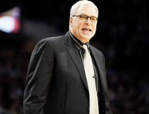 Se conquistar seu 11º título, Jackson deve seguir no comando dos Lakers na próxima temporada