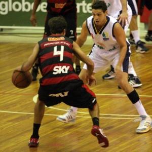 Marcelinho Machado fez 35 pontos ante São José