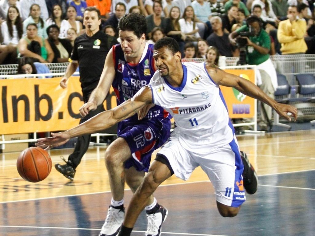 Minas e Brasília se enfrentaram pelas semifinais do NBB