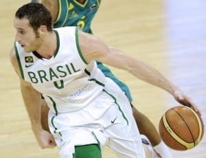 Marcelinho Huertas acredita que seleção brasileira pode surpreender os Estados Unidos no Mundial