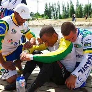 Equipe brasileira lamenta perda do título mundial de rafting R4; Japão foi campeão chegando em 2º