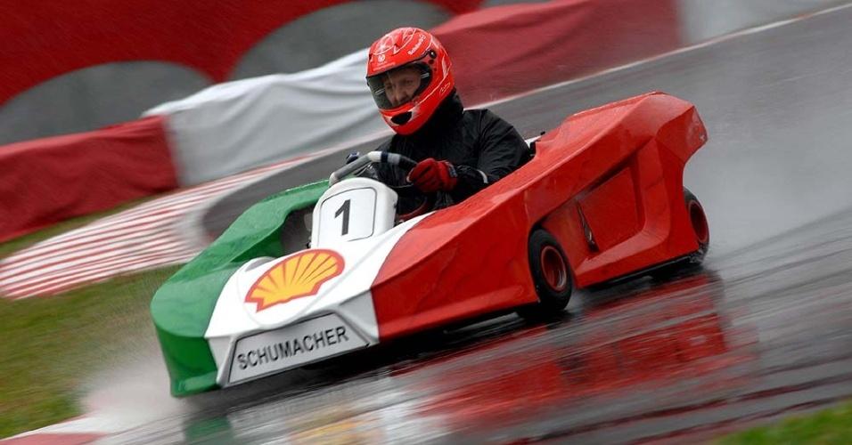 Michael Schumacher vence primeira prova do Desafio das Estrelas de kart