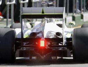 Depois da confusão do ano passado, o difusor duplo continua gerando polêmica na Fórmula 1