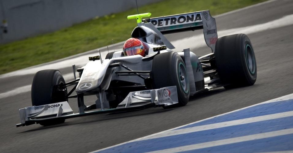 Schumacher anda com a Mercedes nos testes da F-1 em Jerez