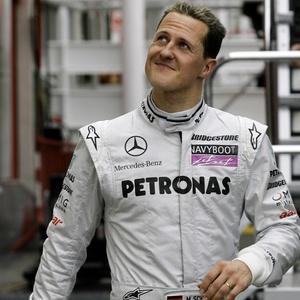 Michael Schumacher disse que a temporada é longa, e o mais importante é terminar bem o ano
