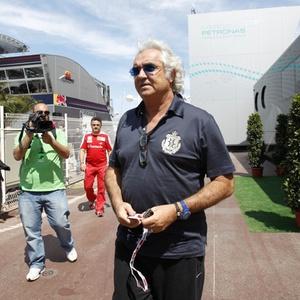 Flavio Briatore estaria envolvido em equipe própria do canadense Jacques Villeneuve
