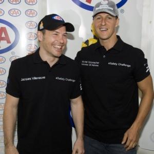 Canadense Jacques Villeneuve se encontra com o alemão Michael Schumacher no Quebec