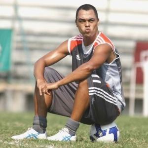 Atacante Dodô aceitou reduzir seu pedido salarial e será jogador do Vasco na próxima temporada