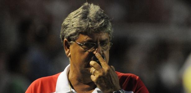 Geninho lamenta após partida entre Náutico e Sport, pelo Brasileirão
