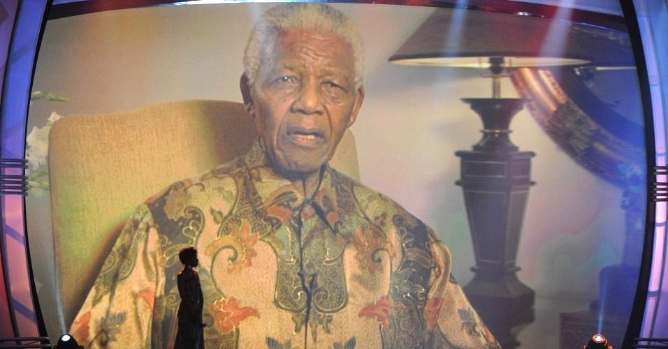 Em vídeo, Nelson Mandela faz discurso na cerimônia do sorteio dos grupos da Copa do Mundo de 2010