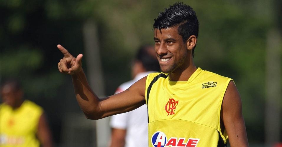 Leonardo Moura em treino do Flamengo