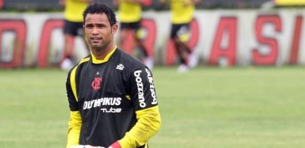 Goleiro Bruno do Flamengo durante treinamento na Gávea