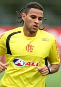 Dênis Marques é aguardado para iniciar treinos em Porto Feliz-SP