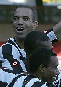 Com apenas um gol neste ano, Tardelli espera encerrar escassez