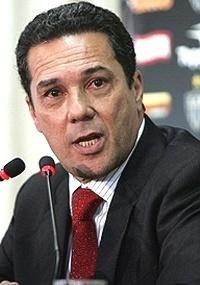 Luxemburgo (f) comandou Evair no Palmeiras bicampeão brasileiro