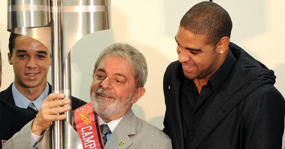 Lula recebe campeões brasileiros do Flamengo