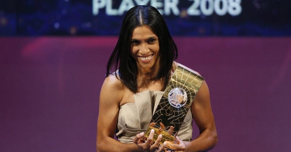 Marta recebe prêmio de melhor do mundo de 2008