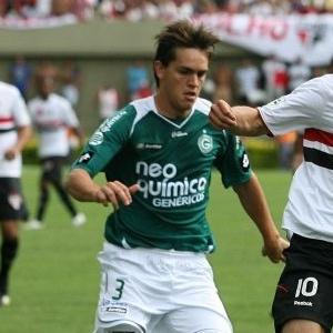 Rafael Tolói, de 19 anos, despertou o interesse do Palermo, da Itália, mas clube negou proposta