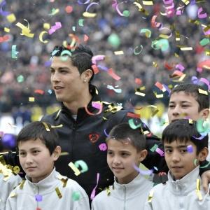 Especulação é de que Cristiano Ronaldo levou 600 mil euros para participar de evento no Uzbequistão