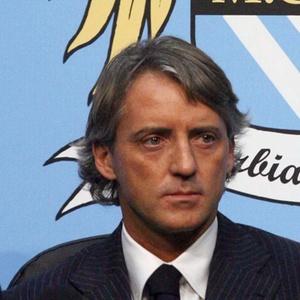 Roberto Mancini aguarda a chegada de Robinho para uma conversa definitiva