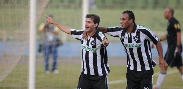 Túlio ao lado de Léo Guerreiro